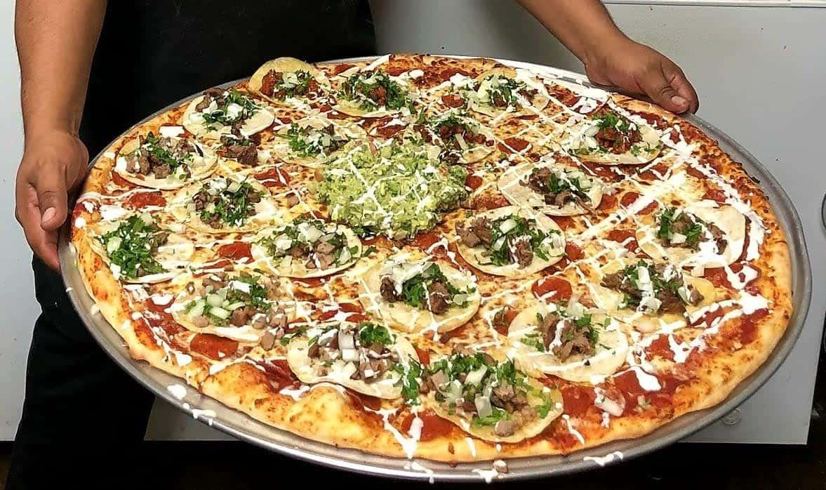 "Extreme Taco Pizza 28"""