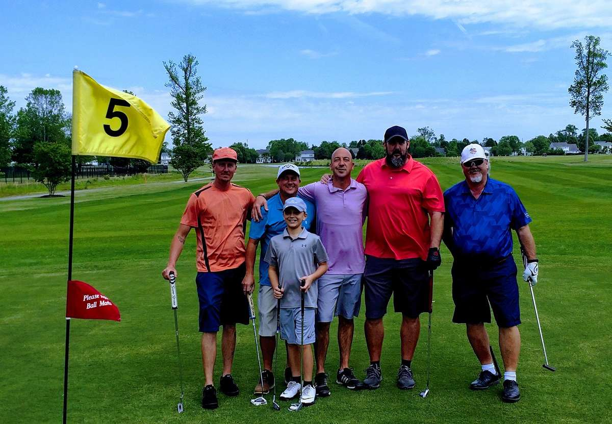 family of golfers