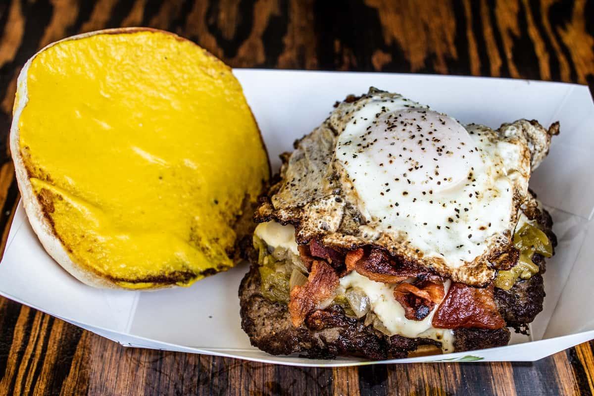 Green Egg + Hamburger
