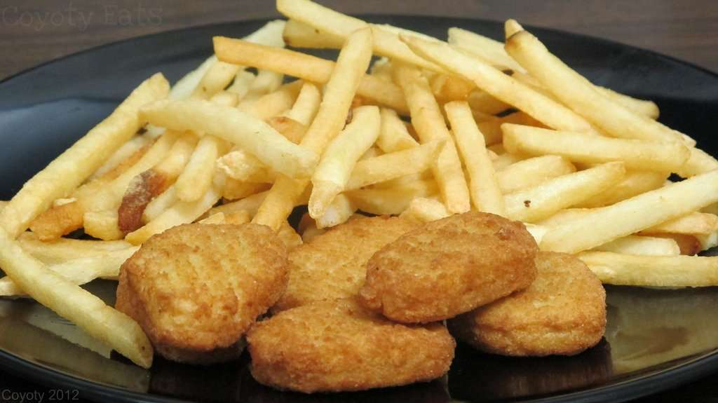 Chicken Nugs With FF