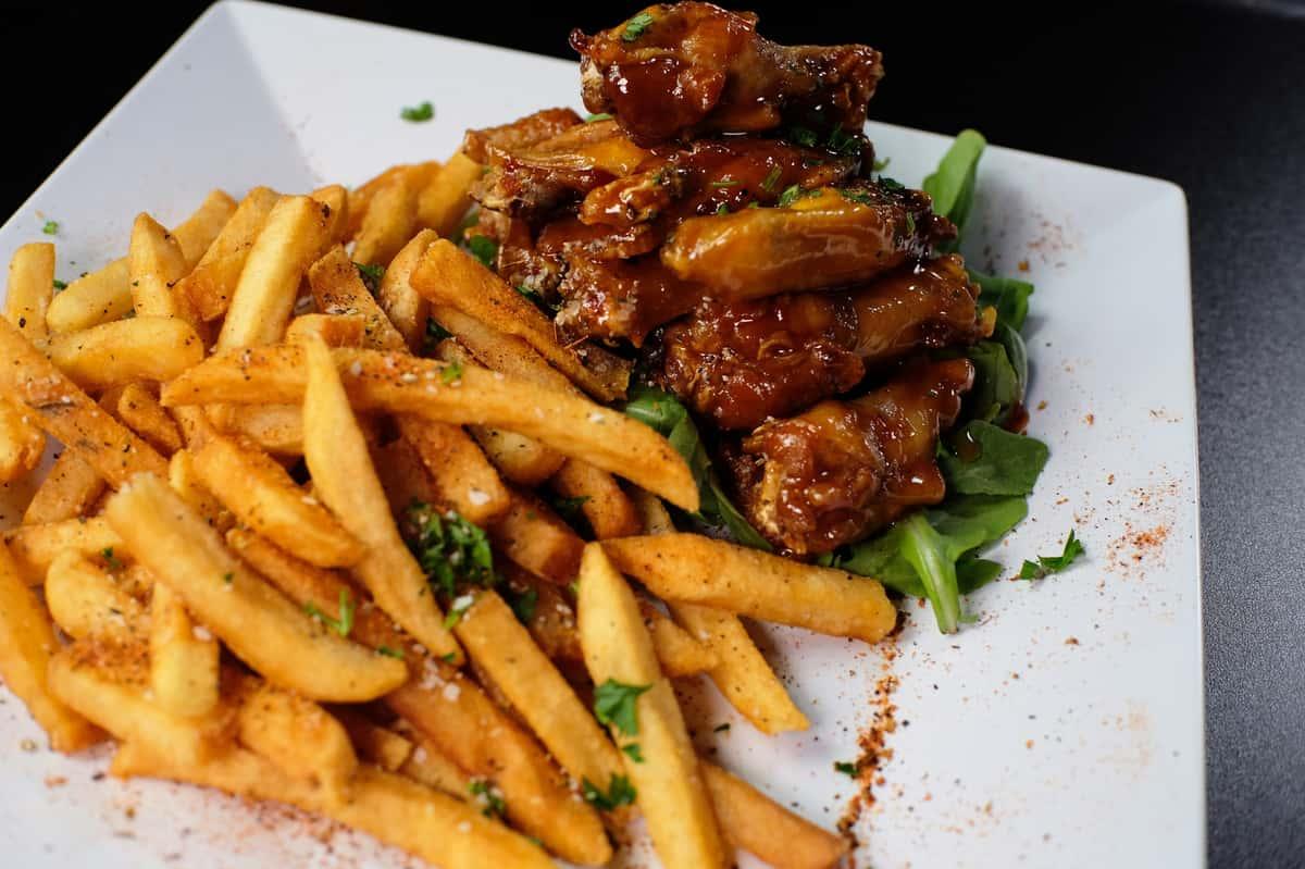 Escobar Wings and Fries