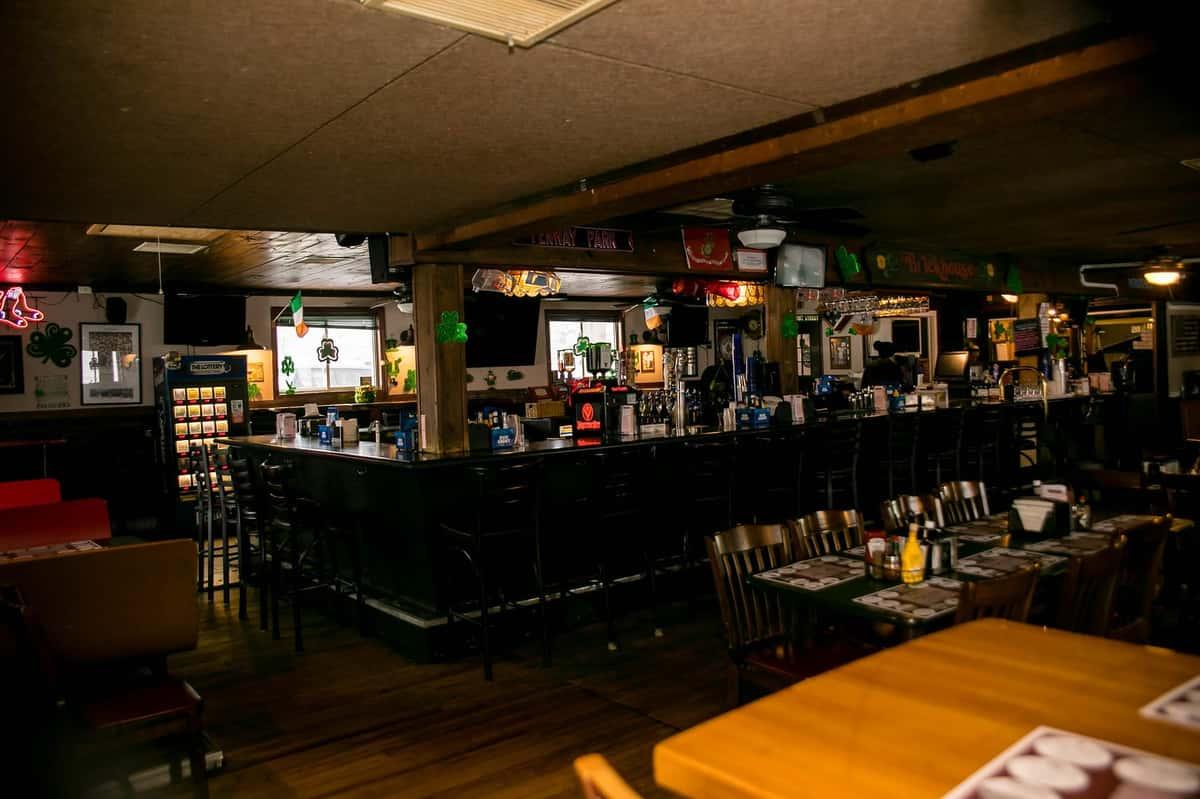 Buddy Union Villa's bar