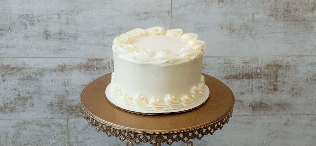 Yellow Cake: Chocolate Buttercream or Vanilla Buttercream
