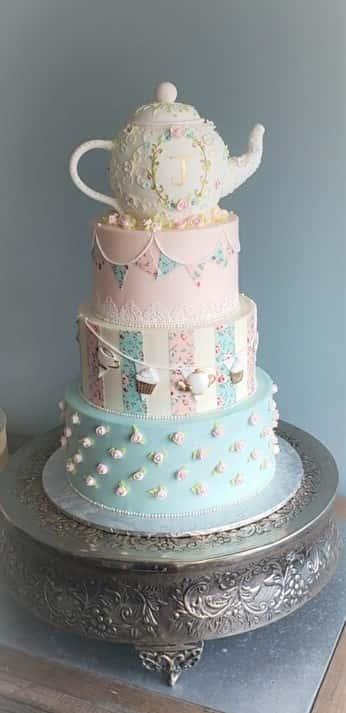 teapot cake
