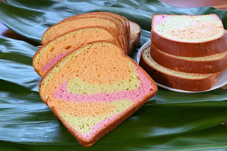SPECIALTY BREAD    Rainbow