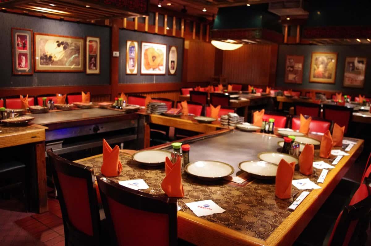 Habachi Table