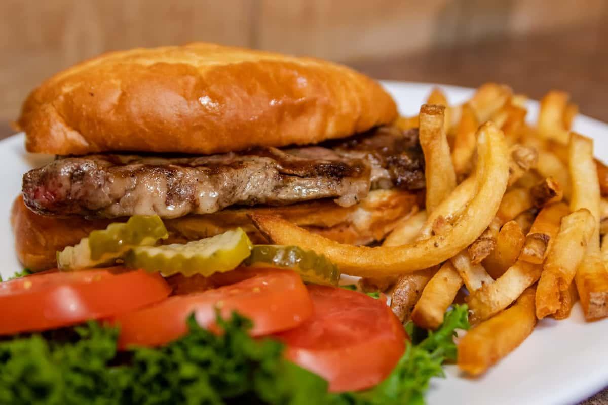 Hamburger Deluxe
