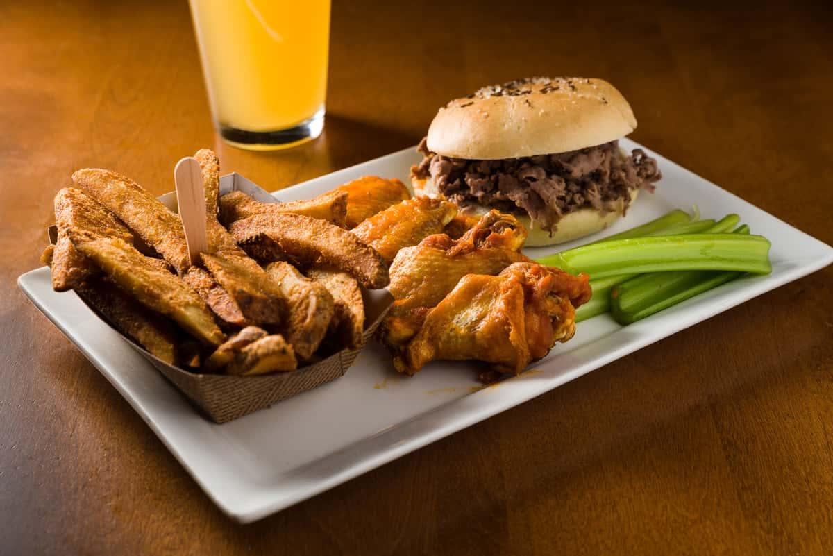 Buffalo Beef & Wing Combo