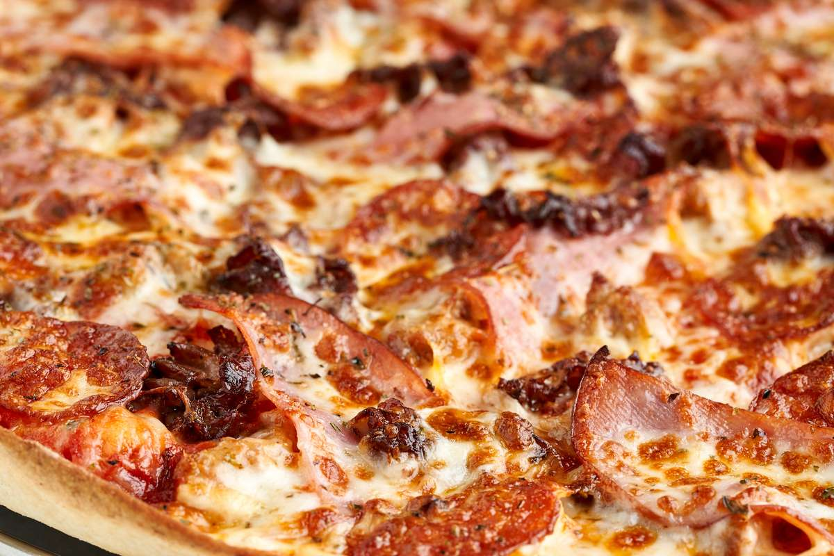 get meaty pizza