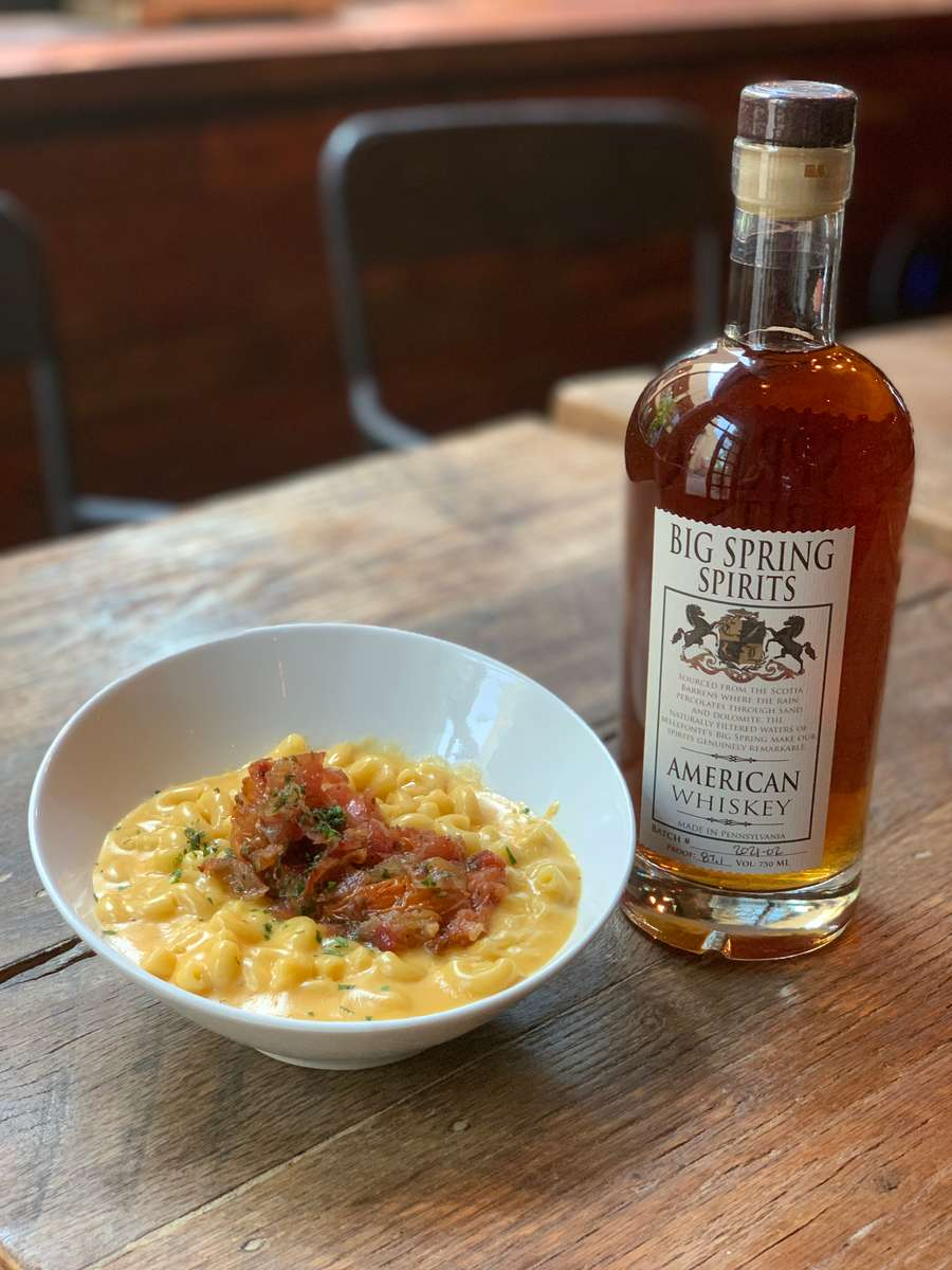 whiskey mac and cheese