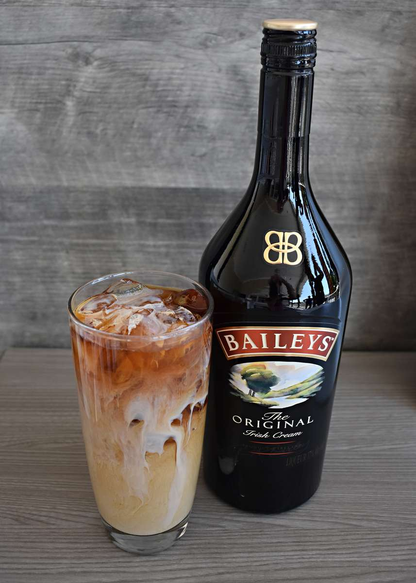 BAILEY'S COLD BREW COFFEE