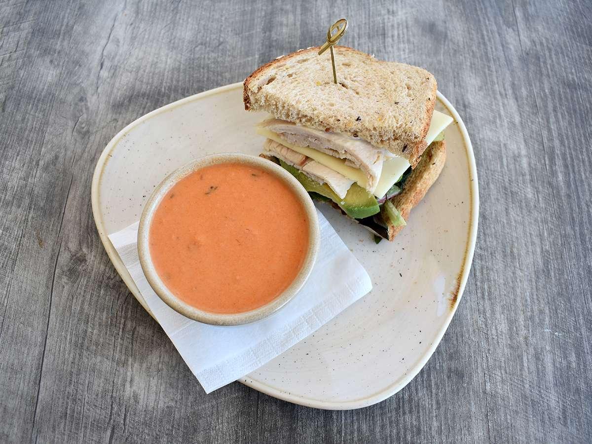 1/2 Sandwich