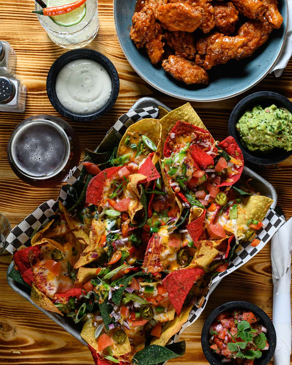 nachos and wings