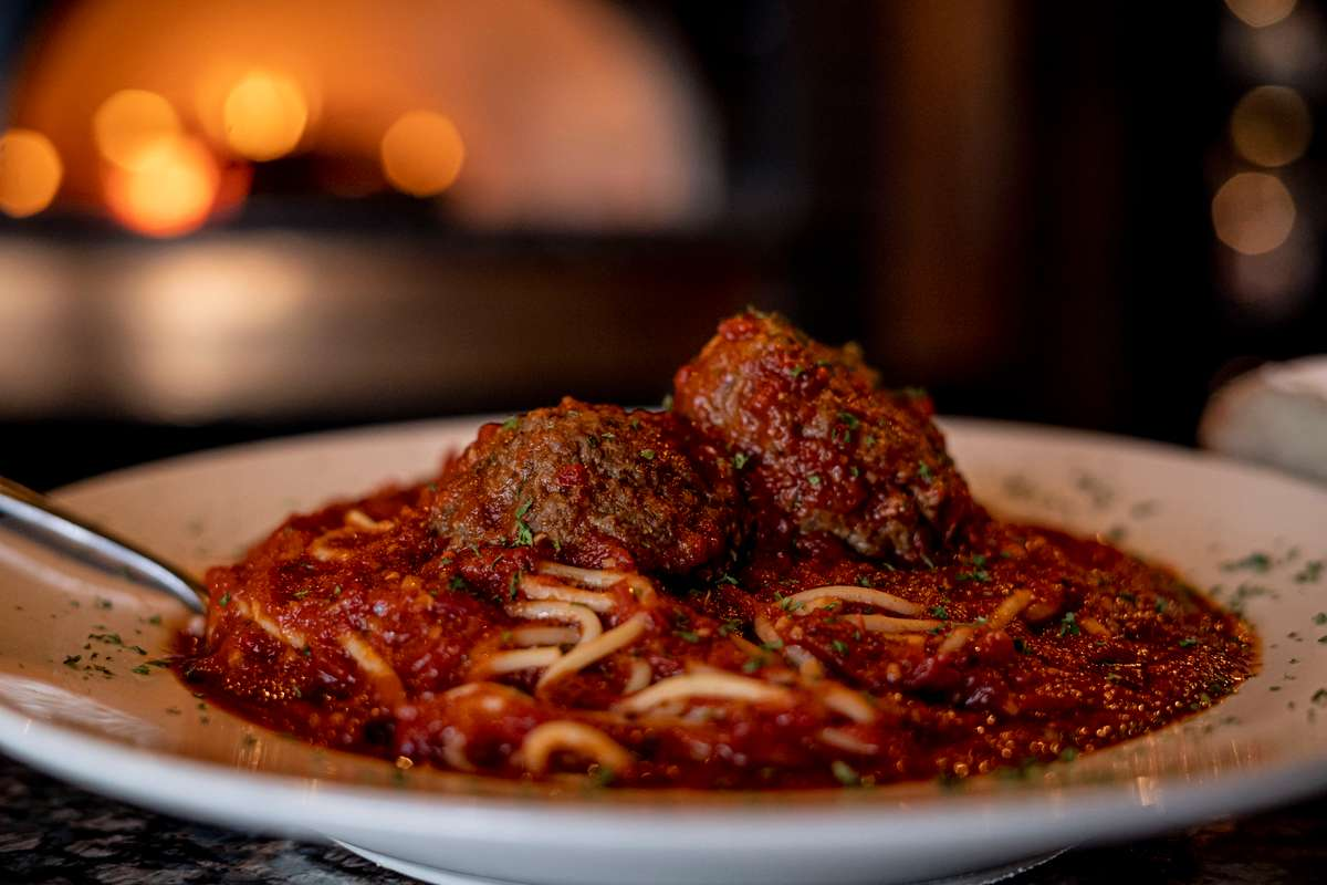 Spaghetti and (2) Meatballs
