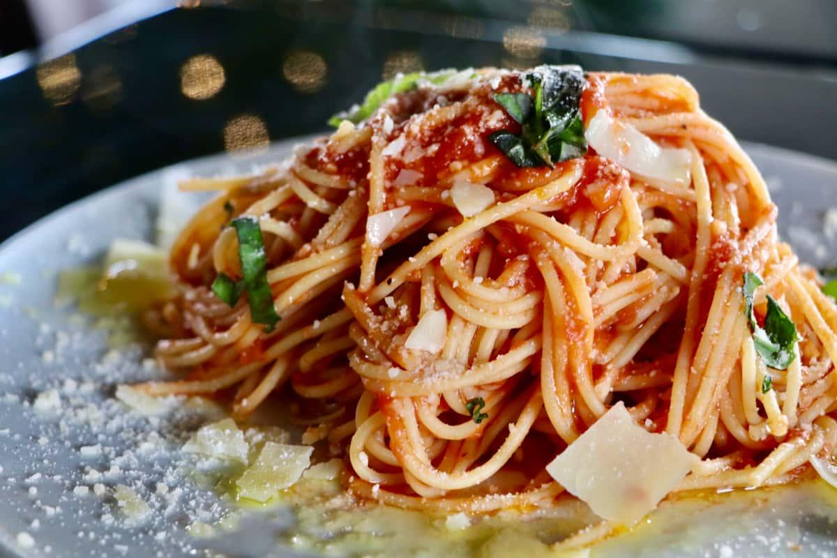 Midici The Neapolitan Pizza Company spread of food