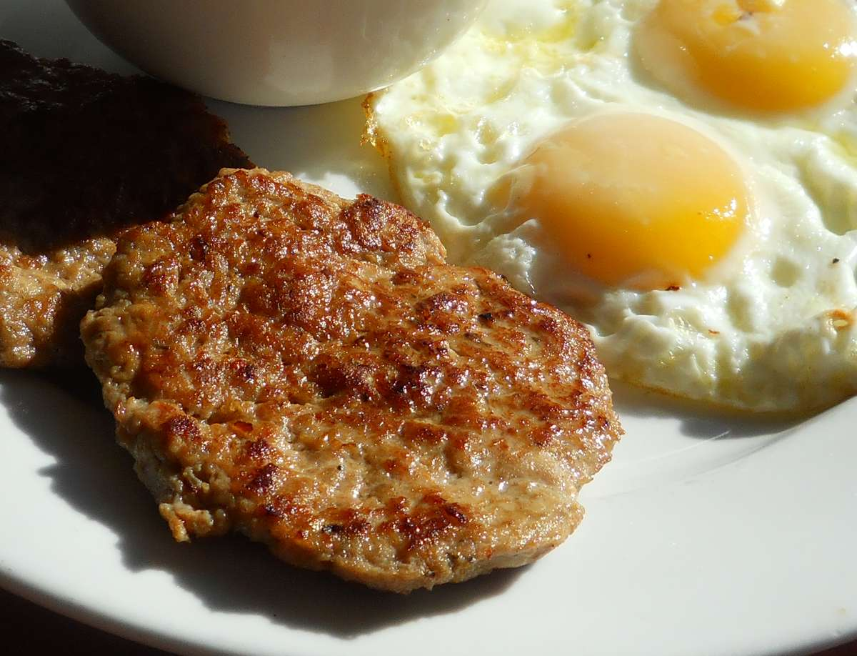 Eggs & Turkey Sausage