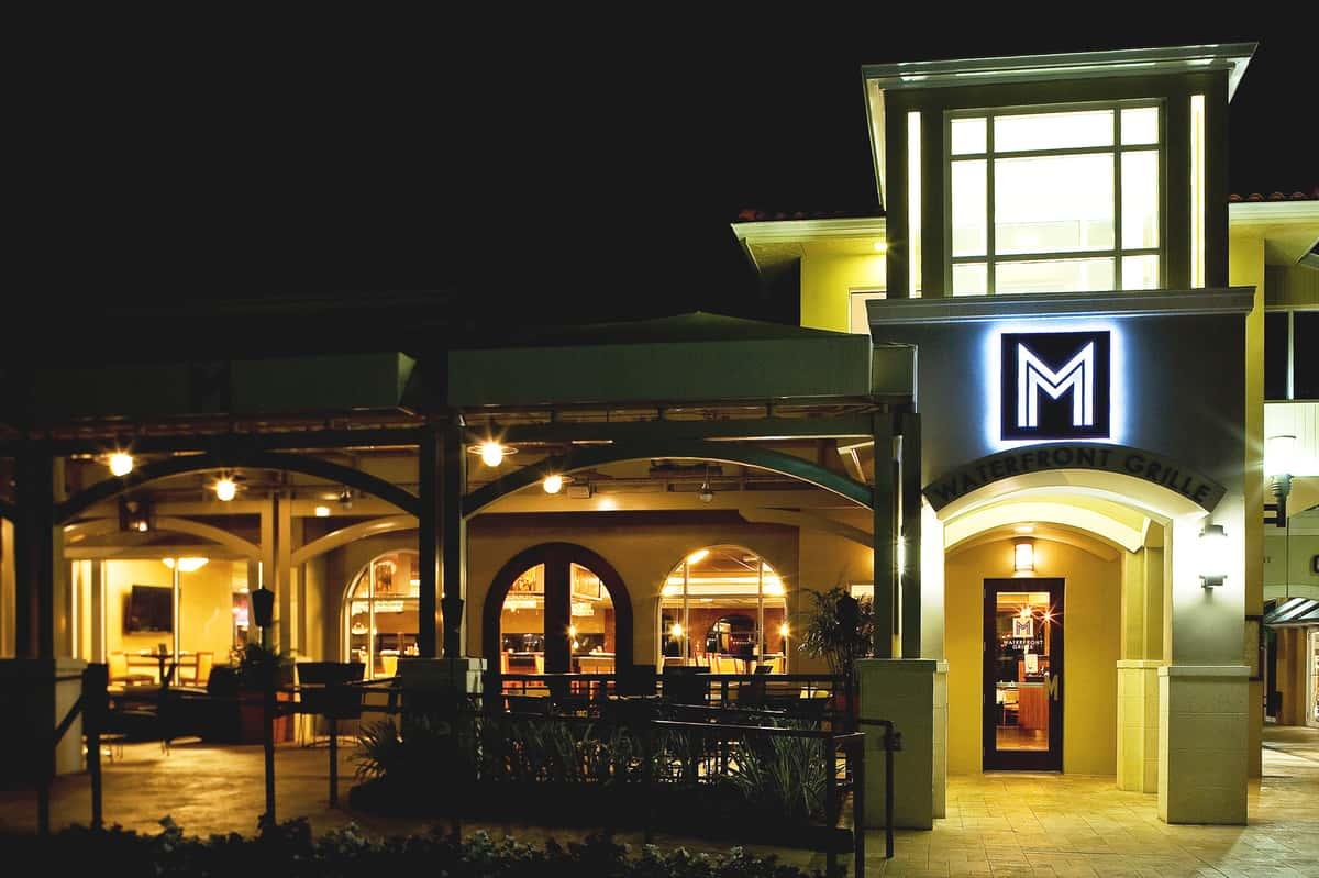 Restaurant verandah