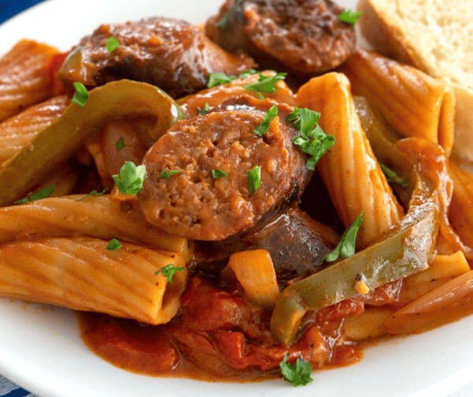 RIGATONI WITH SAUSAGE & PEPPERS