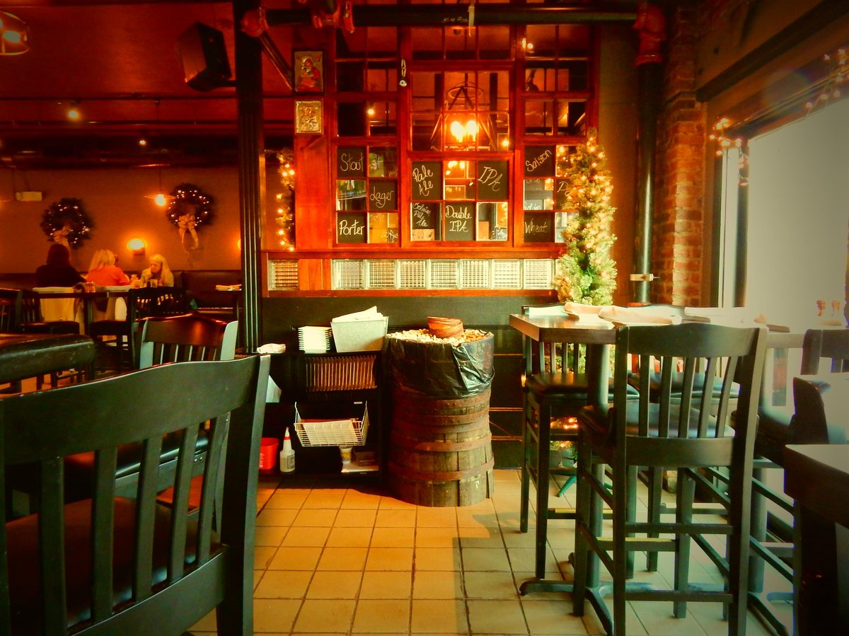 different view of the bar area