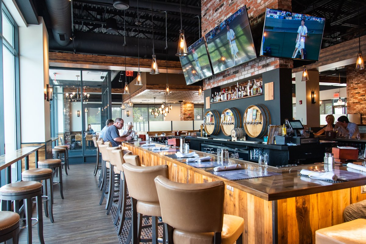 Welcome to the Oak Barrel Tavern
