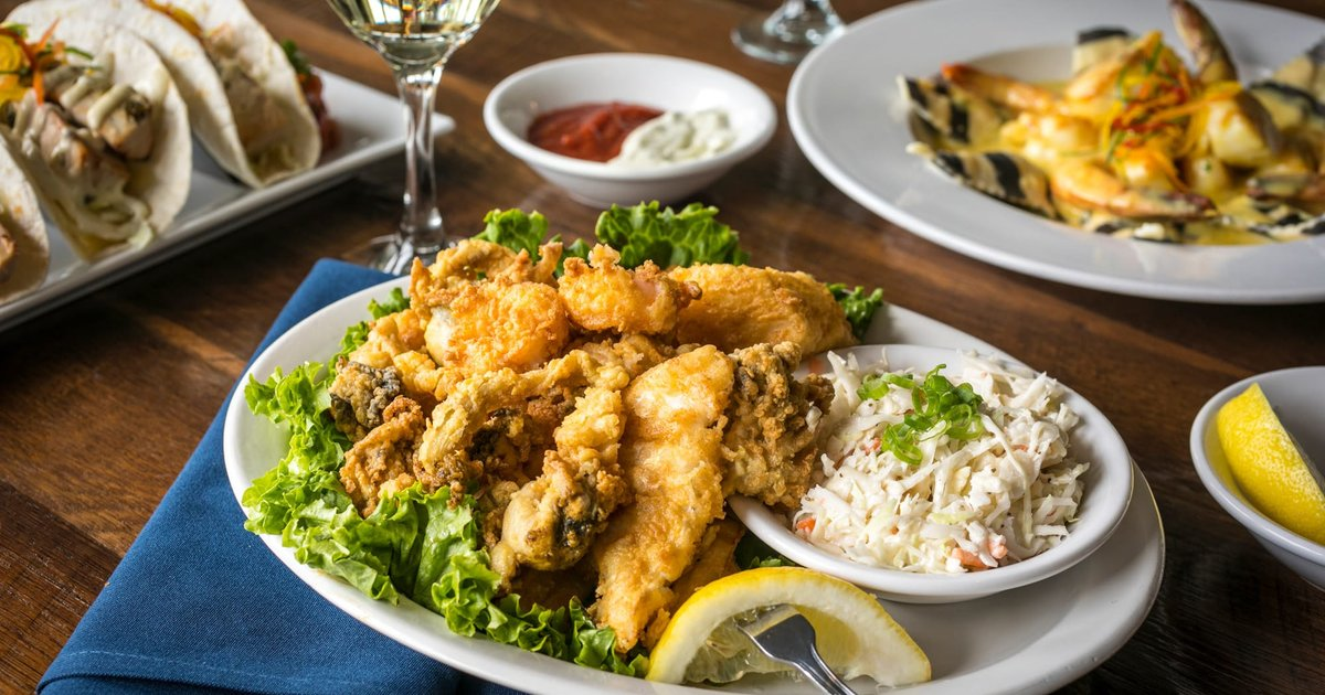 Fried Seafood Platter Dinner The Pilot House Seafood Restaurant In Sandwich Ma