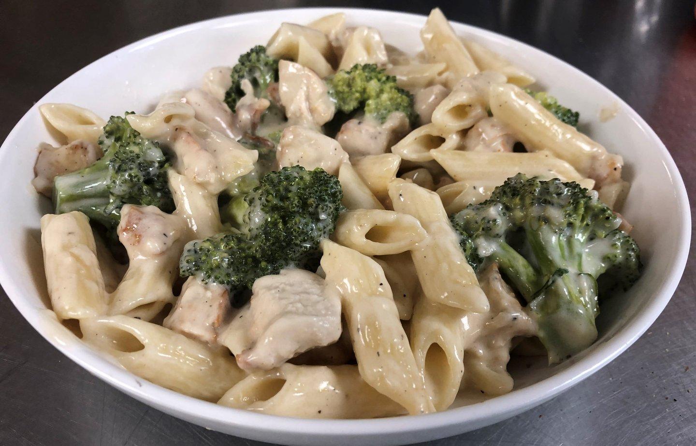 chicken broccoli alfredo