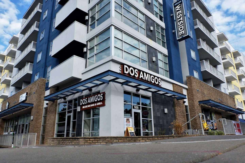 exterior of Dos Amigos