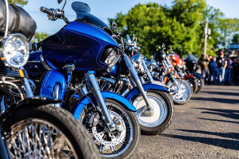 bikes in line