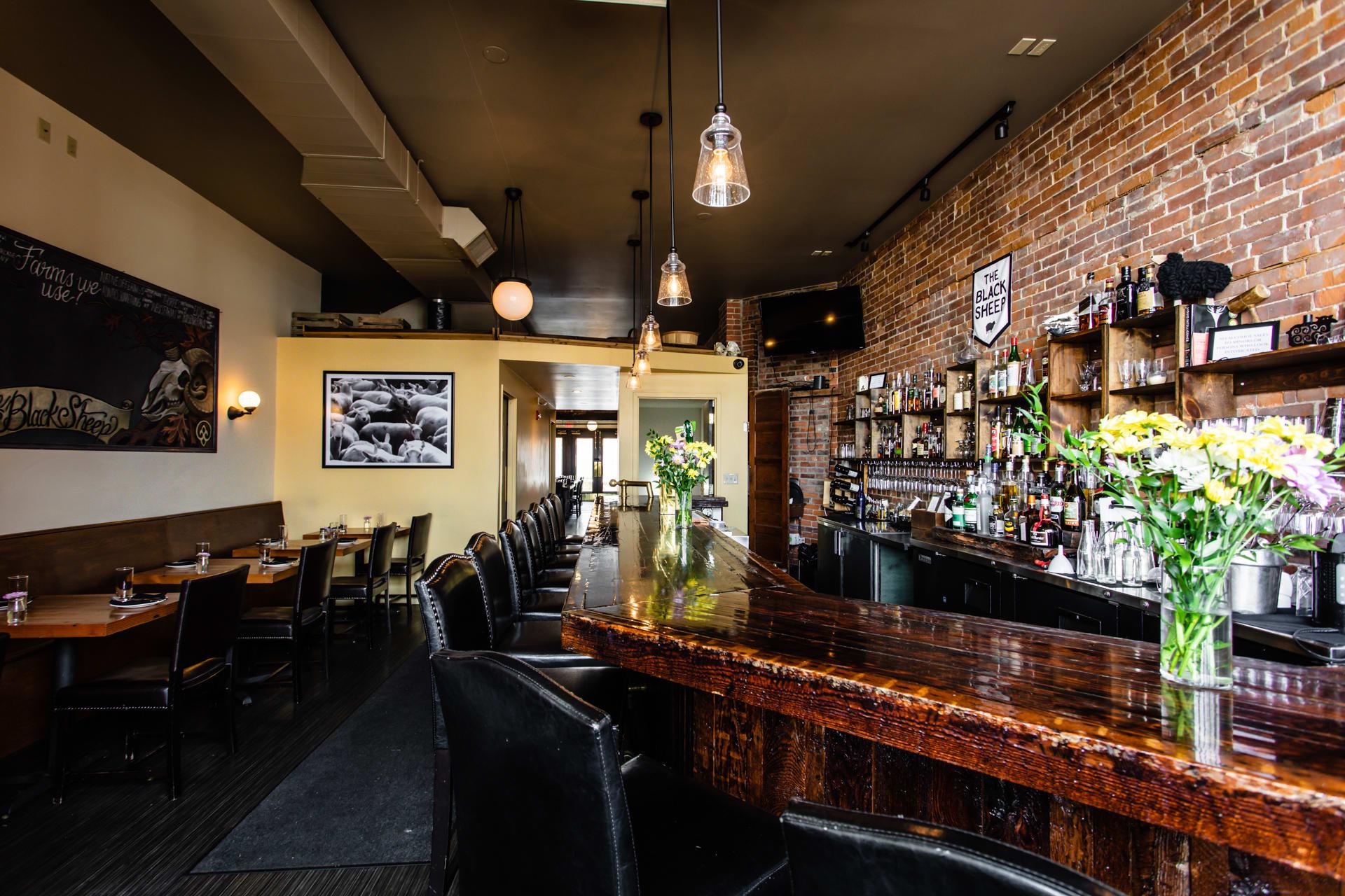 The Black Sheep Restaurant And Bar European Restaurant In Buffalo Ny