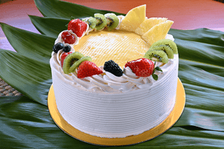 Pineapple Tres Leches Bakery King S Hawaiian Bakery And Restaurant Restaurant In Ca