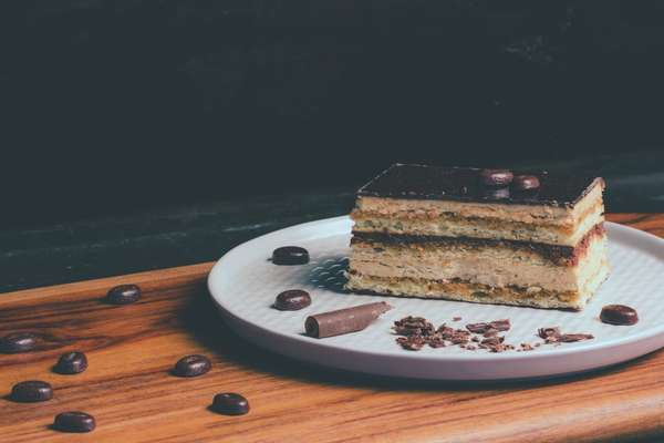 Assorted Layer Cake (Slice)