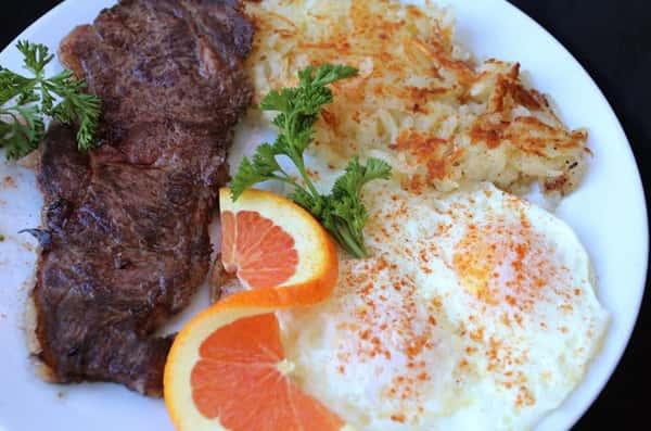 2 Eggs & New York Strip Steak (8 oz.)