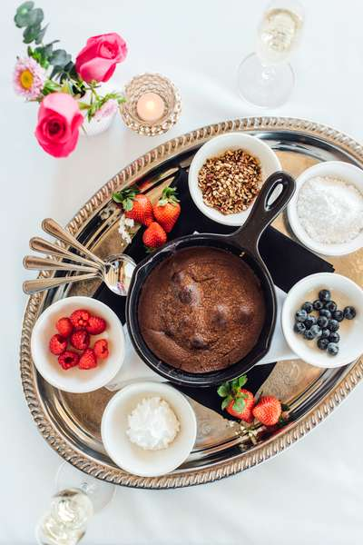Hot Molten Lava Chocolate Cake