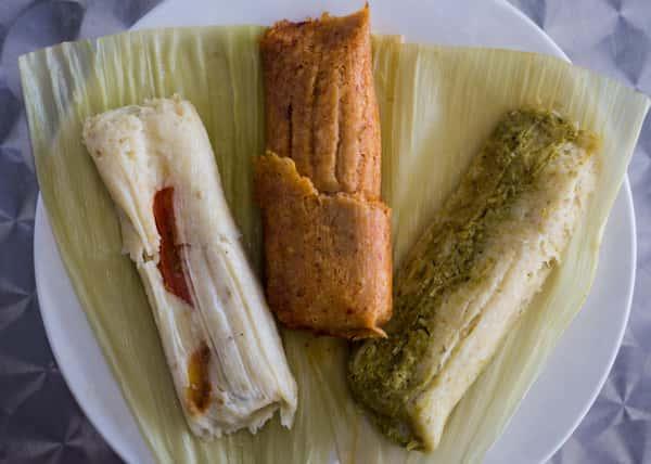plate of three tamales
