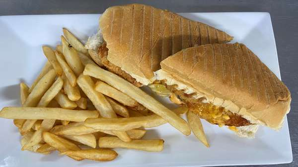 Crispy Chicken Pickle Sandwich