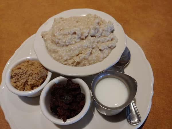 Oatmeal (390 cal)