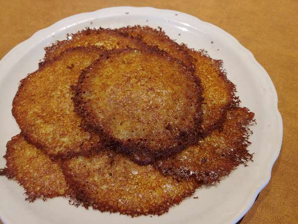Potato Pancakes (460/920 cal)