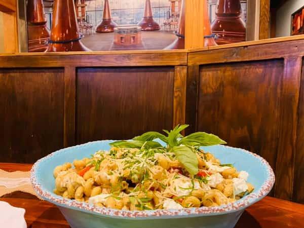 Tomato & Mozzarella Pasta Salad