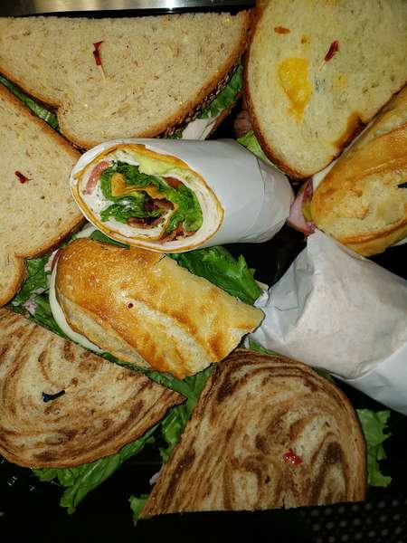 Deluxe Sandwich and Wrap Platter