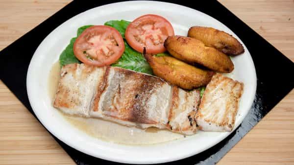31. Mahi Mahi a la Parrilla - Grilled Mahi Mahi