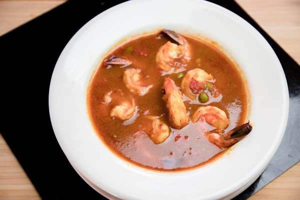 33. Camarones Enchilados - Shrimp in Creole Sauce