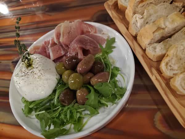 ~ prosciutto + black truffle burrata