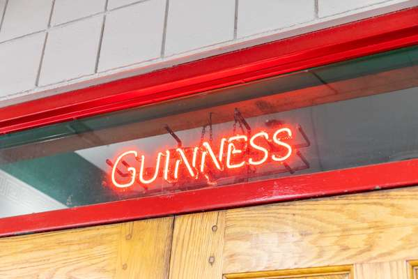 guiness sign