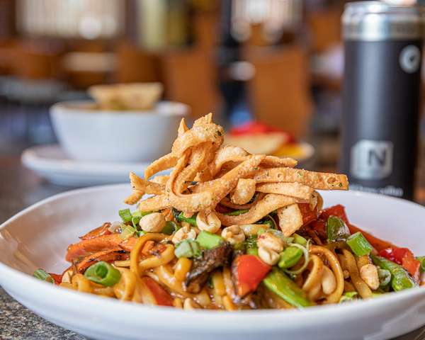 Thai Noodle Vegetable Stir Fry