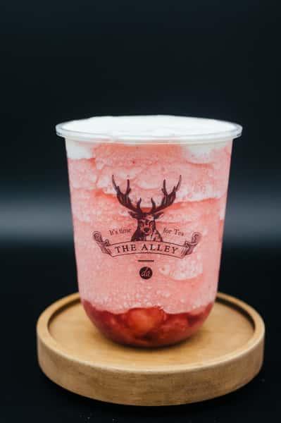 Snow Strawberry Lulu