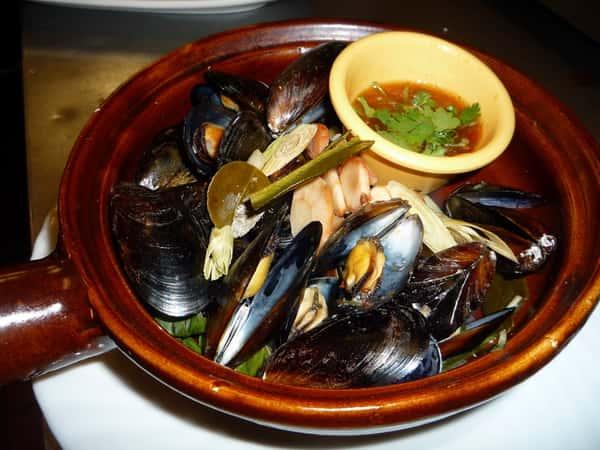 Potpourri Mussels