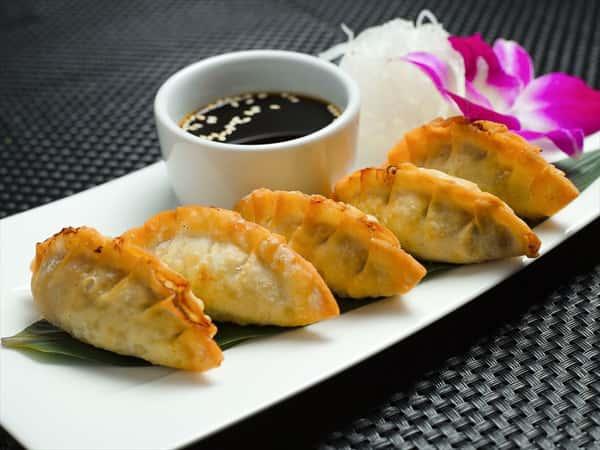 Pan-Fried Veggies Dumpling