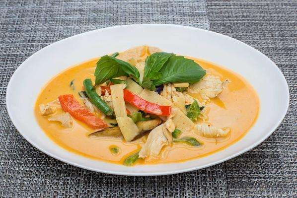 L3. Red Curry