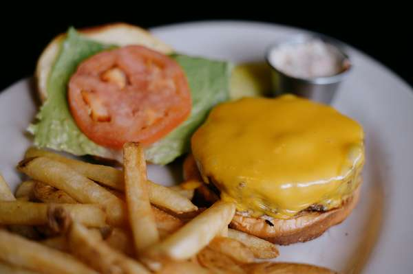 classic burger with cheese