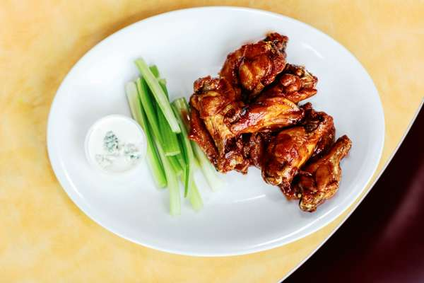 MANGO BBQ WINGS